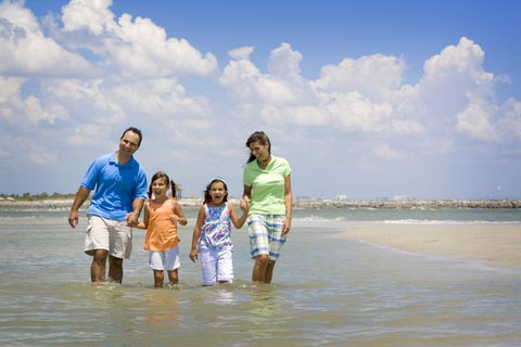Tips To Help Your Family Travel