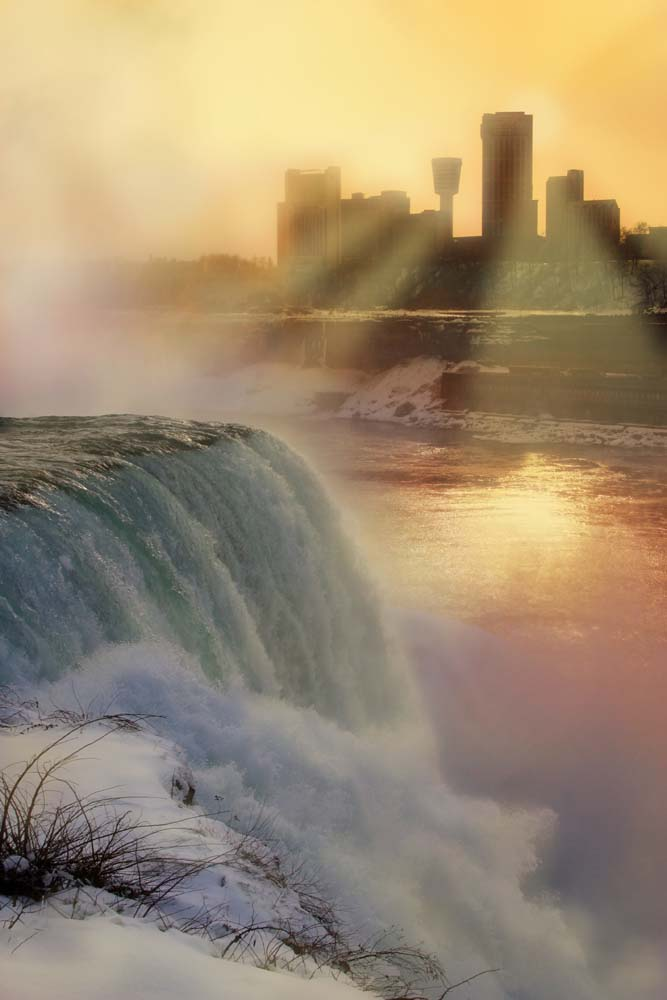 Experiencing Niagara Falls and the Paranormal